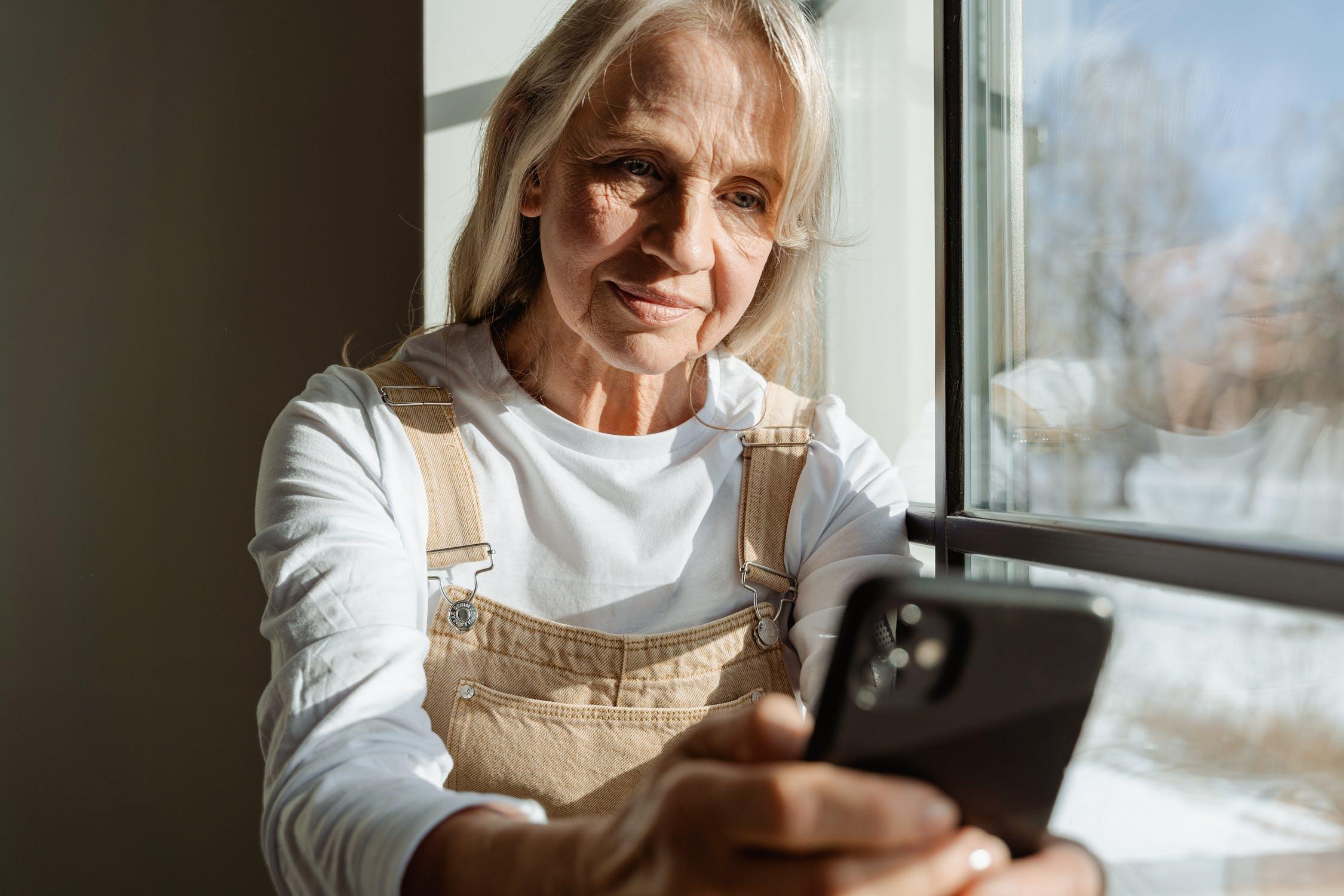 Ältere Menschen brauchen im Zeitalter der Covid-19-Pandemie mehr Unterstützung als je zuvor